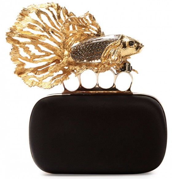 Alexander Mc Queen la moda clutch