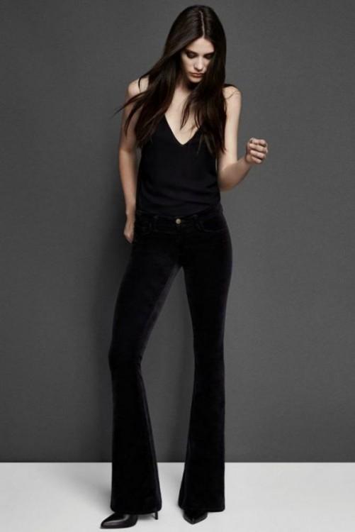 pantaloni neri e top seta