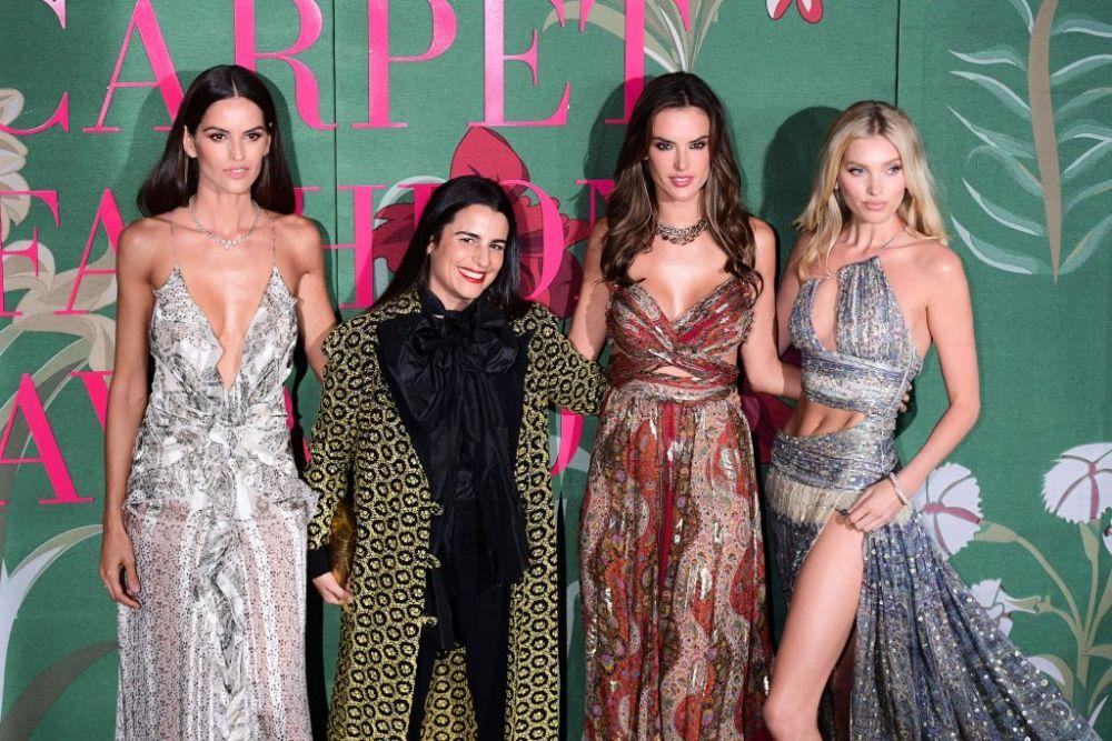 Green Carpet Awards - Le modelle Izabel Goulart, Alessandra Ambrosio, Elsa Hosk, in Etro