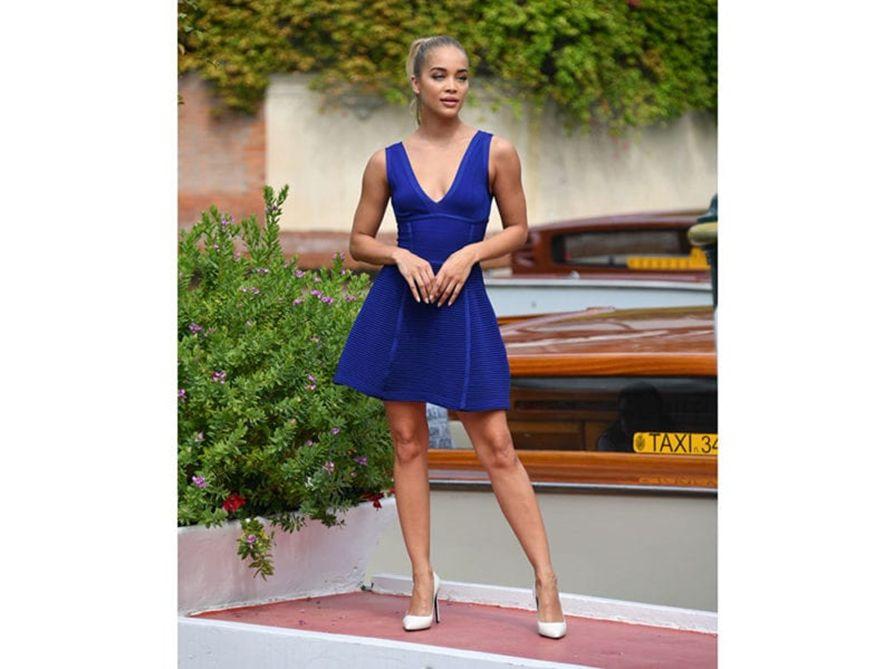 jasmine sanders vestito blu elettrico